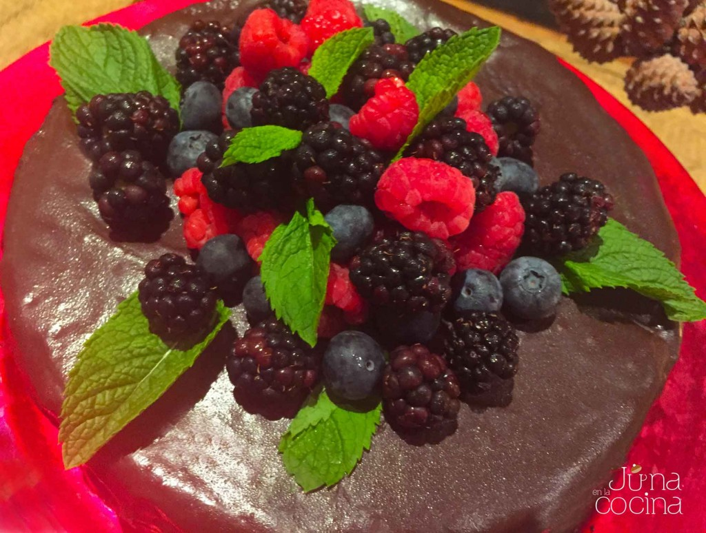 tarta-chocolate-frutos-bosque