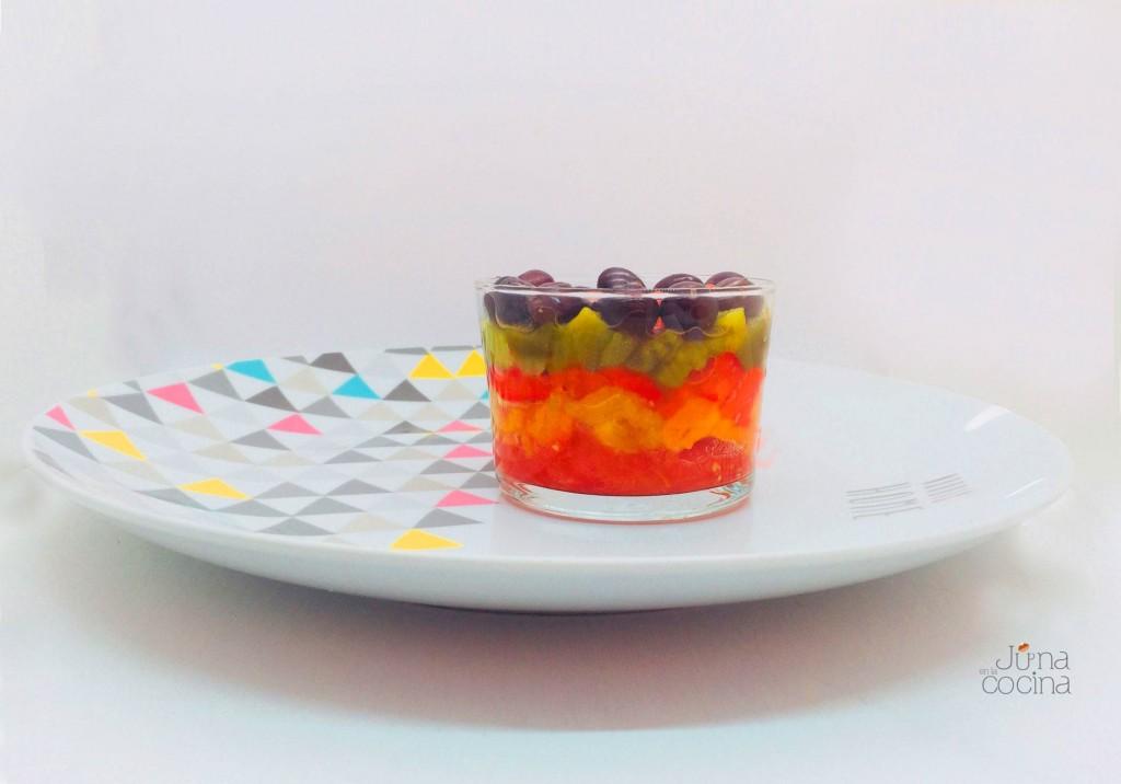 ensalada-de-tomate-y-pimientos-diferente