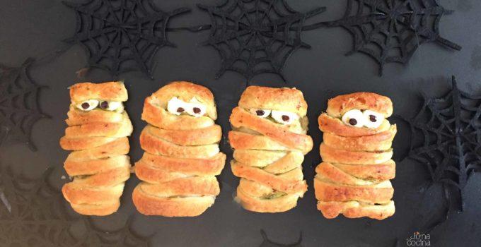 Hojaldres de pollo y pesto (momias halloween)
